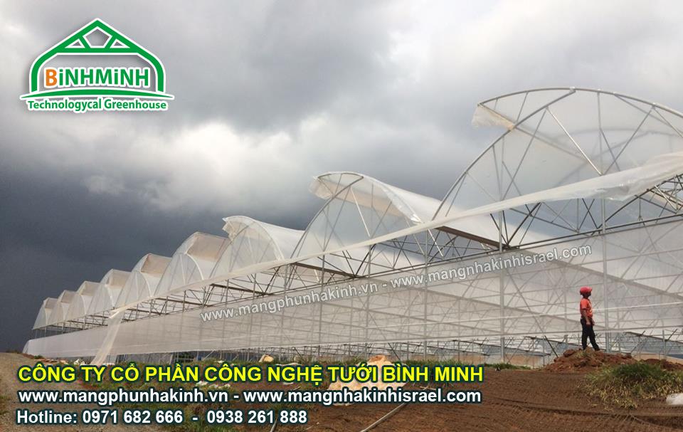 Vật tư làm nhà lưới- nhà kính trồng rau